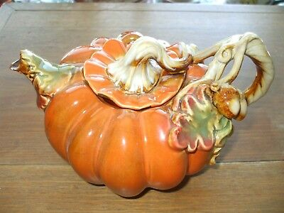Ceramic Pumpkin Teapot tii Collections H1712  Orange light brown Hickory nuts