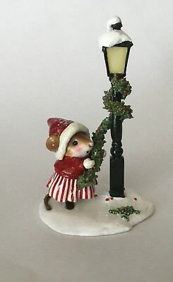 Wee Forest Folk Christmas Winter Lamppost - Adorable NEW