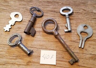 Lot of 6 Old Vintage Antique SKELETON Open Barrel & Flat KEYS - Brass Steampunk