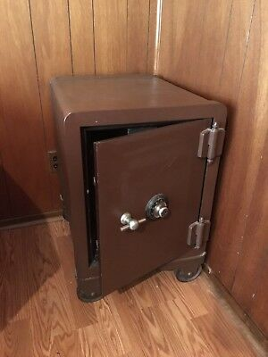 York safe and lock Floor safe 1815 unlocked with combination