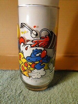 """1983 Peyo """"CLUMSY SMURF"""" Glass Wallace Berrie & Co. Inc."""