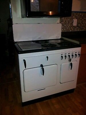 Vintage Antique Chambers Gas Stove - Model B, great condition!