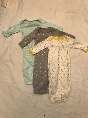 LOT CARTERS sleep gowns for newborn - New without tag - Unisex