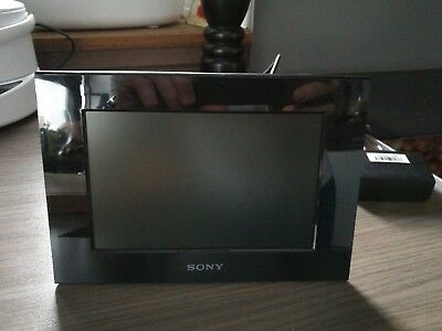 Sony S-Frame DPF-C800 - 8.0 inch digital Photo Frame