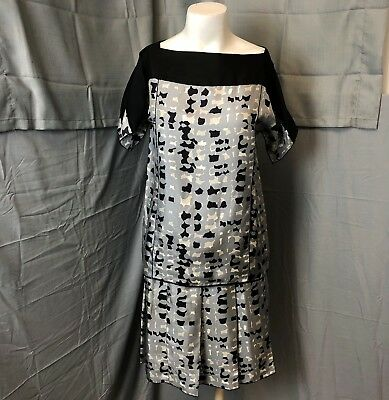 Marc Jacobs Women Gray Black Abstract Pleated Silk Skirt Blouse Combo Set Size 6