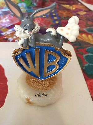 Bugs bunny presents by Ron lee collectors guild 1998 exclusive 160/300 very rare