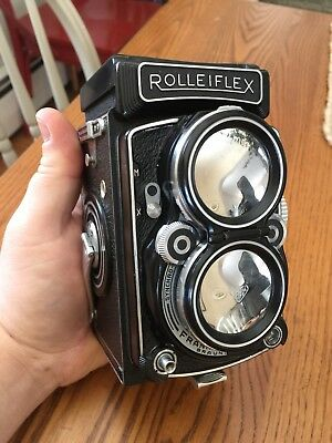Rolleiflex 2.8C - Harry Fleenor CLA - Maxwell Screen - Hood