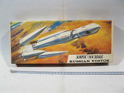 Airfix SK 702  Russian Vostok  1:144  lose in box  mb5421-