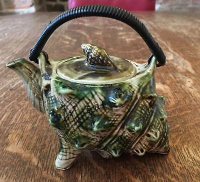 Small Novelty Teapot with Shell/ conch shaped design