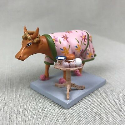 """Cow Parade """"Early Show"""" Retired 2001 Mini Cow Resin Figurine Holdings Corp"""