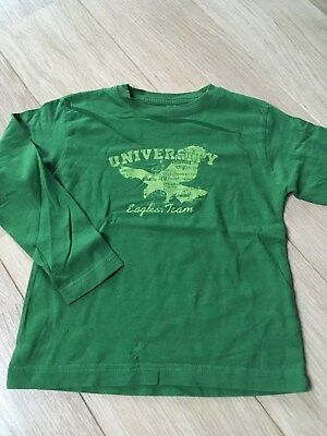 T Shirt longues manches vert Taille 4/5 ans