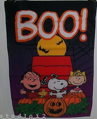 Peanuts Snoopy Dog Linus Sally Woodstock Halloween Pumpkin Patch Flag 12 X 18