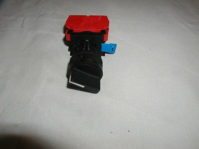 C3 controls 2 position selector switch (22mm)