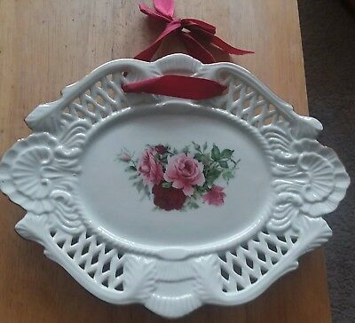 Vintage Formalities by Baum Bros Decorative Floral Plate Shabby Red &Pink Roses