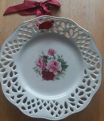 Vintage Formalities by Baum Bros Decorative Floral Plate Shabby Red & Pink Roses