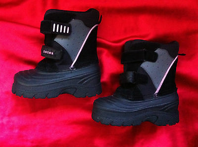 Toddler Totes Black/pink Leather Water Proof Thermoboots Size: 7 Near New