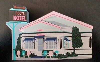 "Cat's Meow – Route 66 Collection ""BOOTS MOTEL"" Carthage Missouri #C981"