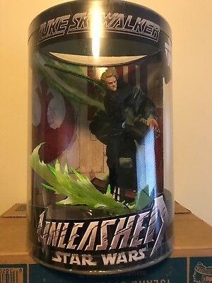 Star Wars Unleashed Luke Skywalker statue
