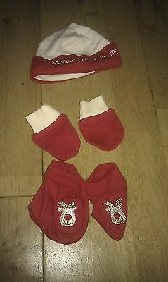 NEW Set of Santa's Little Helper hat, bootees & scratch mitts for baby
