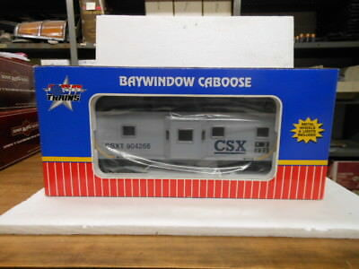 USA Trains G-Scale Bay Window Caboose-Lighted CSX R12063