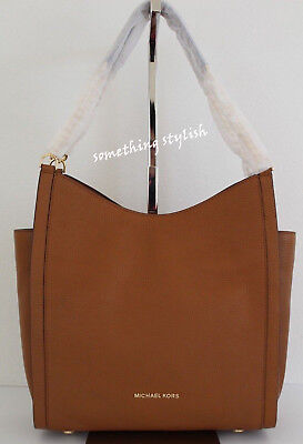 c833fd722137 NWT Michael Kors Newbury Medium Chain Tote Leather Shoulder Bag Acorn Brown