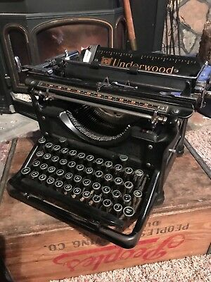 Vintage Underwood No. 11 Typewriter 1936 SN 4524219-11