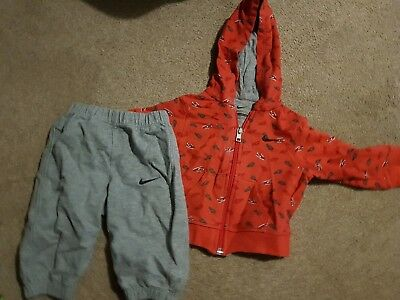 Baby boys nike tracksuit 3-6 months