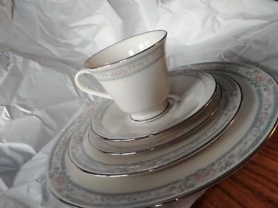 Lenox Charleston Cosmopoliton Collection 5 Piece Place Setting