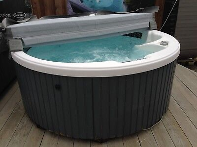 DIMENSION ONE Round Spa - Hot Tub Tested and Working - Not Jacuzzi ...