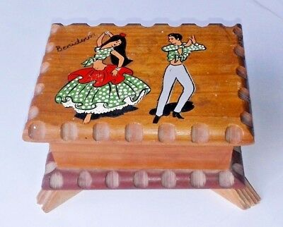 VINTAGE WOODEN  HAND PAINTED TRINKET BOX 1950's Flamenco Dancers Spanish small