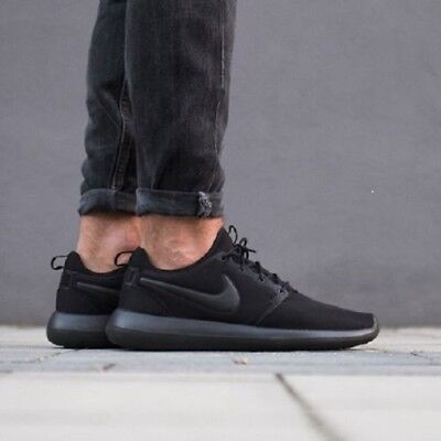 best website 7d4f9 eecfa NIKEiD ROSHE TWO Trainers Shoes Gym Casual NIKE iD - UK 10.5 (EUR 45.5)