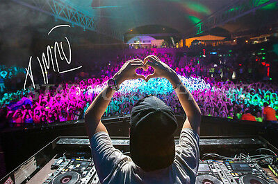 Avicii Photo Print Poster Pre Signed N.0 2 - 12 X 8 Inch - A+ Quality - Stories
