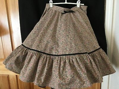 "Square Dance Skirt - 31 1/2"" Waist/24"" Long - Taupe floral cotton print"