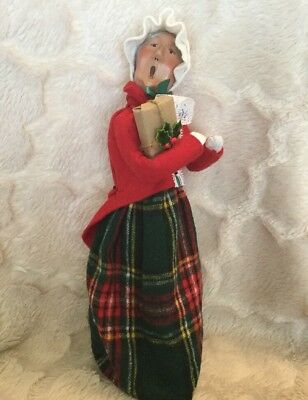 Byers Choice Carolers Woman Carolers Plaid Skirt White Hat Holding Gift Red