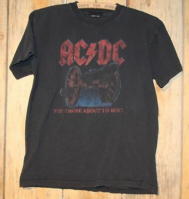 "2008-09 AC DC ""WE SALUTE YOU"" Concert Tour T-Shirt ANGUS YOUNG"