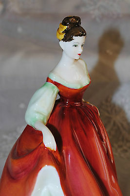 Royal Doulton Figurine Fair Lady Red Hn 2832 Corp 1962 England Mint