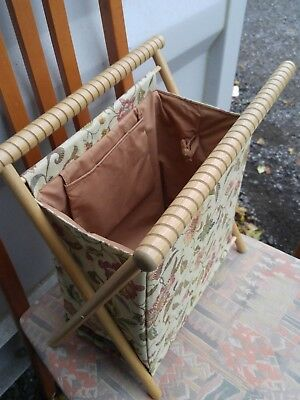 VINTAGE KNITTING BAG Mint Condition Storage Holder Sewing Collapsible Folds Wood