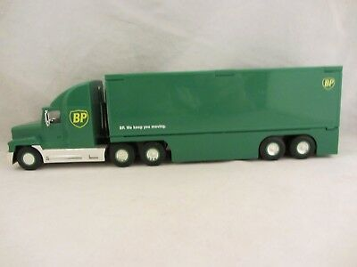BP - Transforming Truck  1997 Limited Edition  NIB  1:36 Scale  (118)