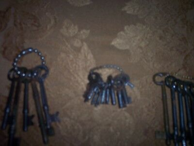 23 Vintage Antique Keys, Collection GREAT CONDITION V/GOOD PRICE