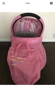Oyster 1 2 carrycot colour pack