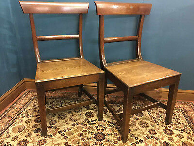Merveilleux Pair Of Early Welsh Oak Farmhouse Chairs