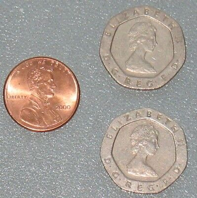 Pair of 1982 7-sided 20 Pence Coins - Queen Elizabeth II