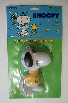 1971 SNOOPY mint on card AUTO REFRESHENER peanuts VINTAGE scent Hong Kong