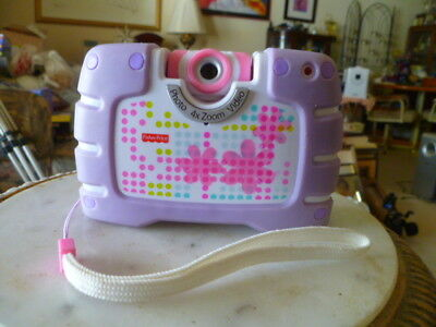 Fisher-Price-Kid-Tough-See-Yourself-Camera-Video-4X-Zoom-Take-Video-Or-1300-Pics