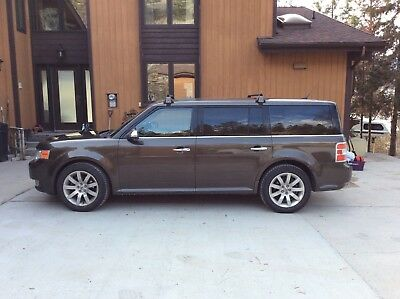 2011 Ford Flex Limited AWD, no accidents, excellent condition
