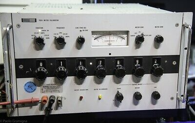 Fluke 760A Voltage Calibrator Rare Lab Instrument 0-1000 Volts DC Line 400Hz