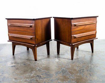 Mid century Modern Nighstands End Side Tables United Pair Two Vintage Drawers NM
