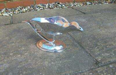 """RARE Quality """"HSL"""" VINTAGE SILVER PLATE ENGRAVED BIRD SHAPED GRAVY / SAUCE BOAT"""