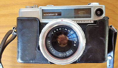 YASHICA MINISTER D 35mm RANGEFINDER CAMERA, YASHINON 45mm f2.8 LENS