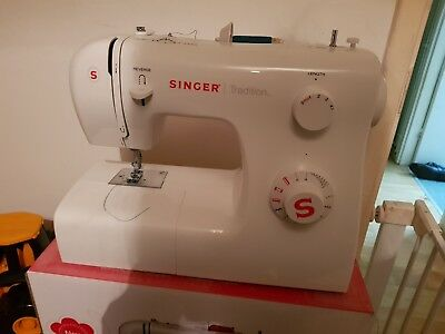 Singer Tradition 2250 Compact Sewing Machine - White